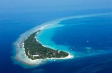Das Kuramathi Island Resort aus der Vogelperspektive