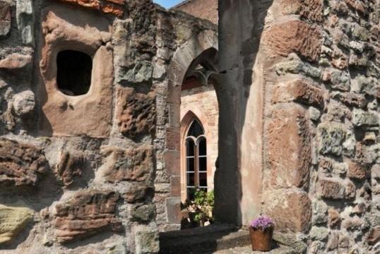 Romantik im  Kloster Hornbach erleben
