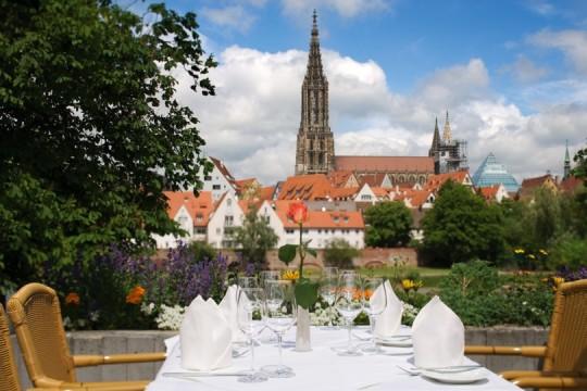 Terrasse Mövenpick Hotel Neu-Ulm